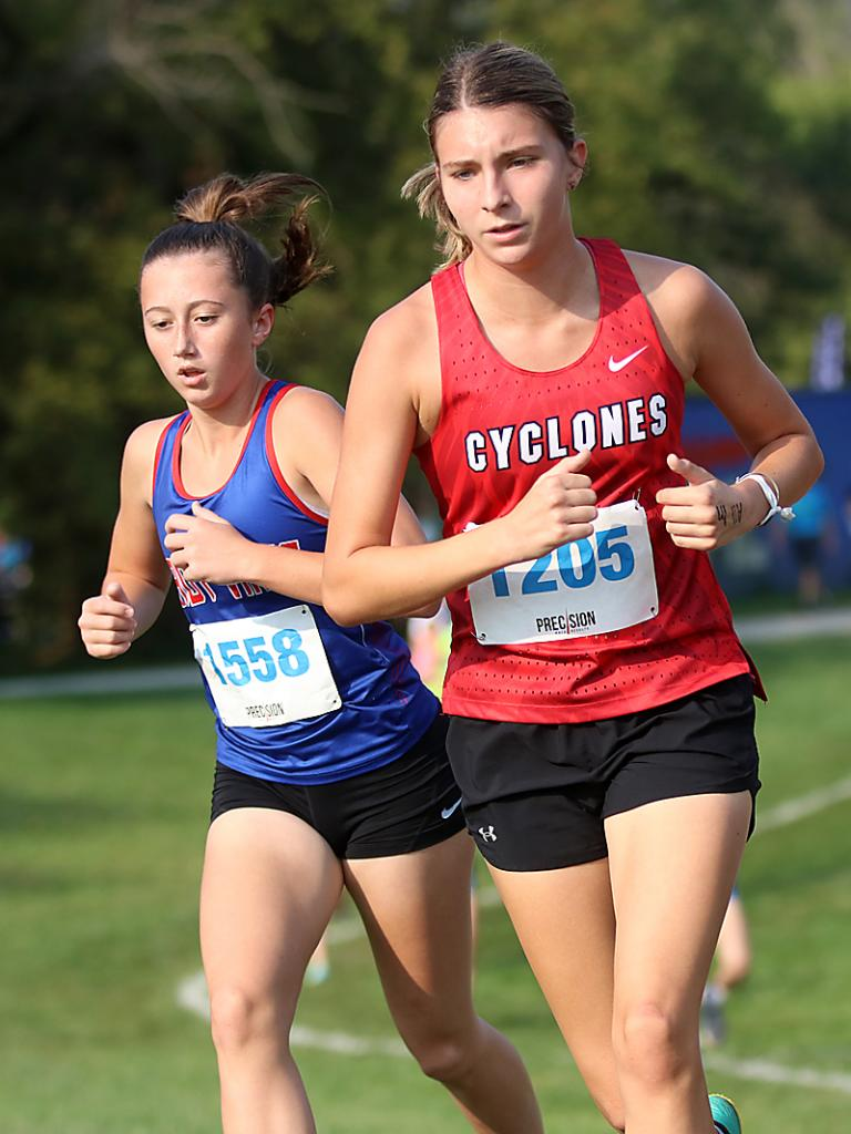Cyclone sophomore Darbie Argotsinger (right) placed 23rd at the LC Invite while AHSTW sophomore Rylie Knop finished 26th.