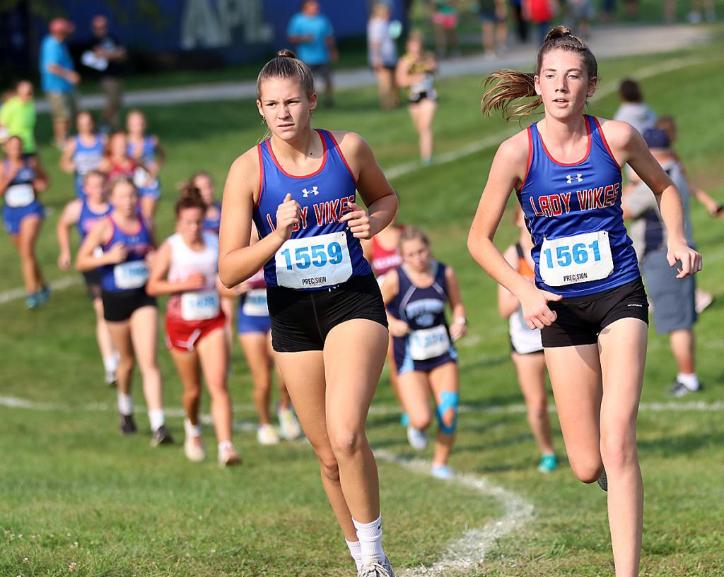 AHSTW's Ellie Peterson (right) and Ella Langer finished 46th and 50th, respectively.
