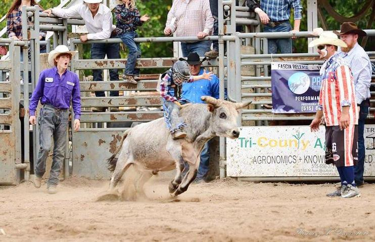 Stetson Thurman rides during a recent competition.  He has qualified for junior amateurs in Fort Worth, TX this week.