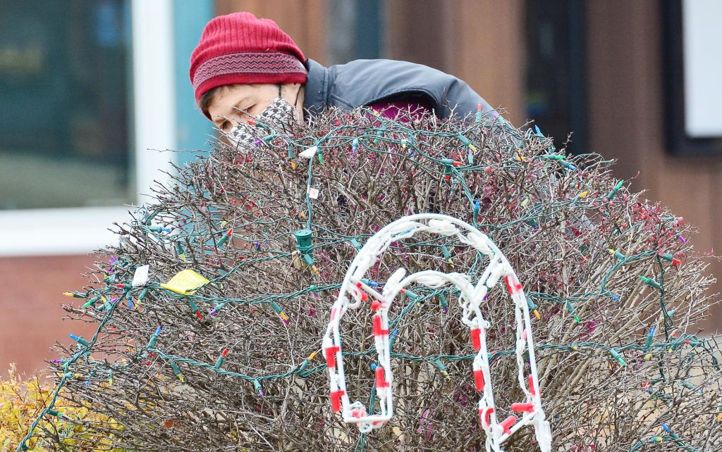 Getting in the HOLIDAY SPIRIT | Harlan Newspapers