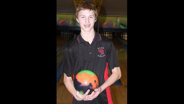 Keaton Jones qualifies for state bowling