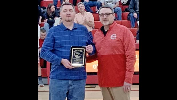 Harlan Newspapers Sports Editor Mike Oeffner (left) with Todd Gordon, past-president and member of the IHSADA Executive Board.