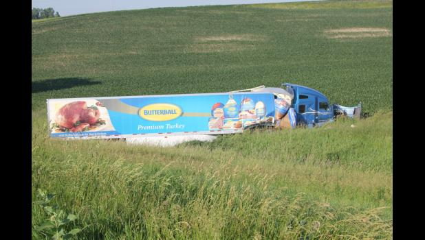Semi drivers injured when rigs collide | Harlan Newspapers
